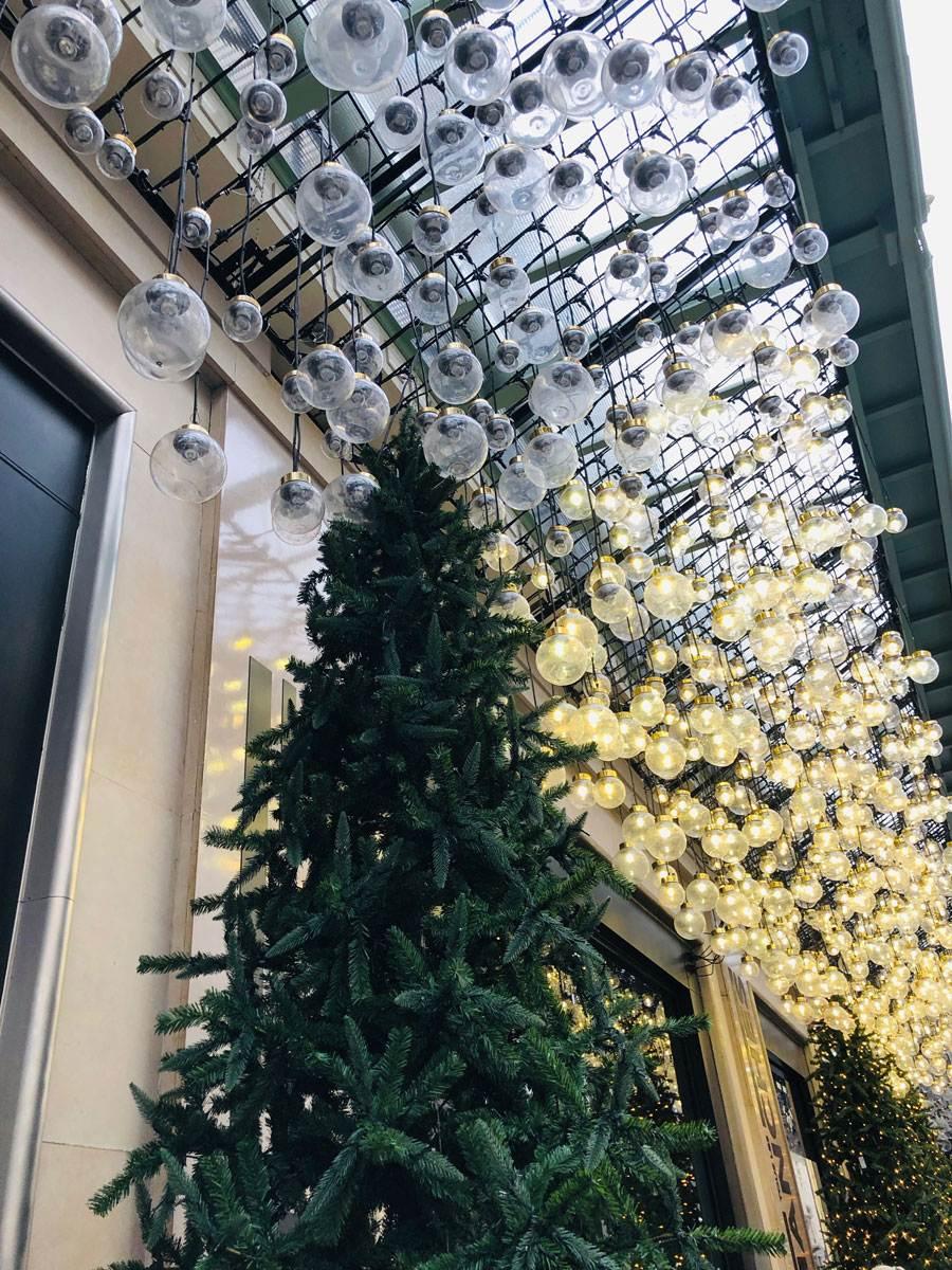 le-bon-marche-christmas-street
