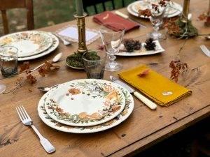 Autumn-table-setting-gien-chanterelles-14