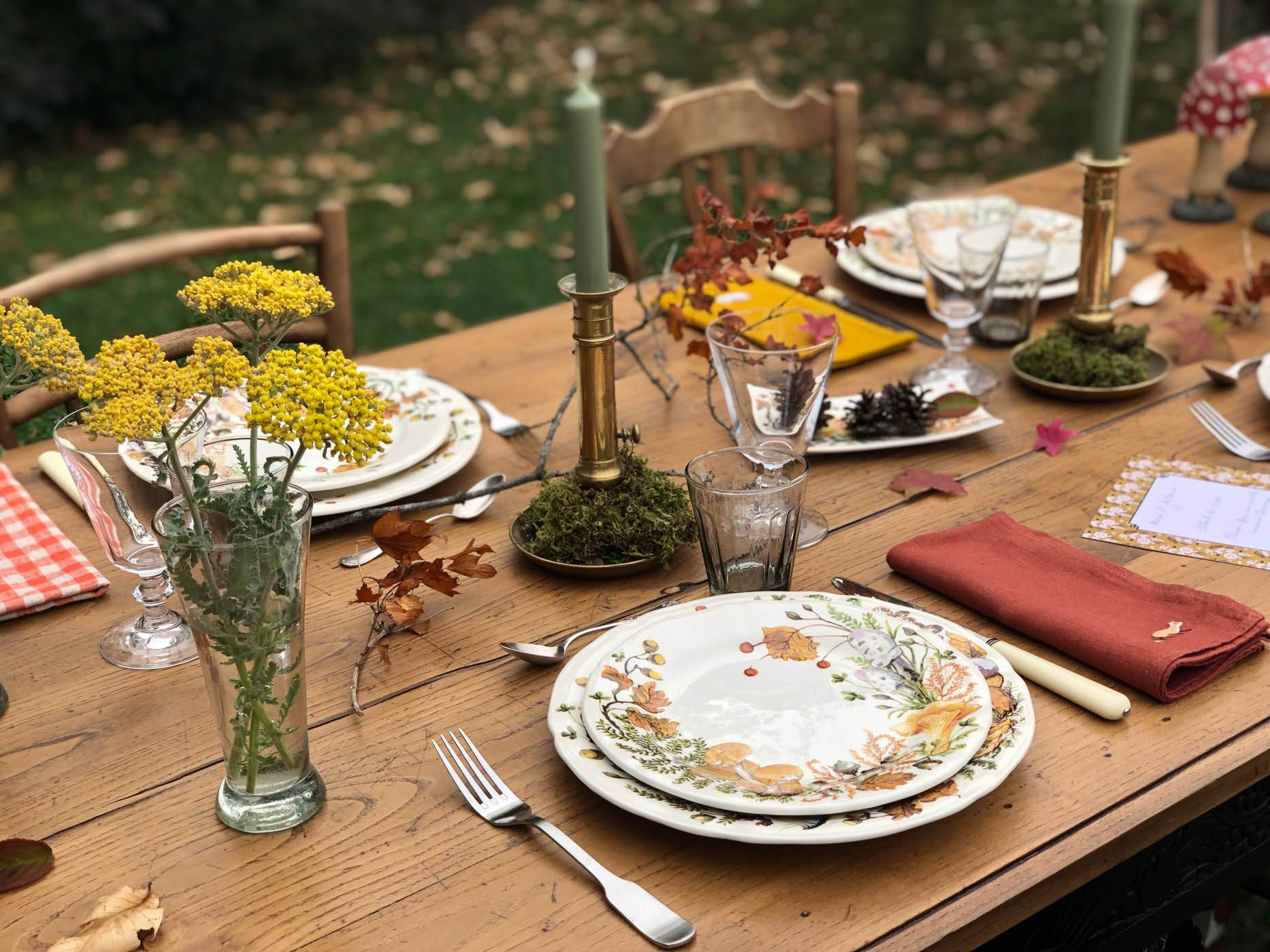 Autumn-table-setting-gien-chanterelles-4