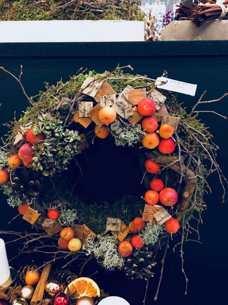 crab-apple-wreath