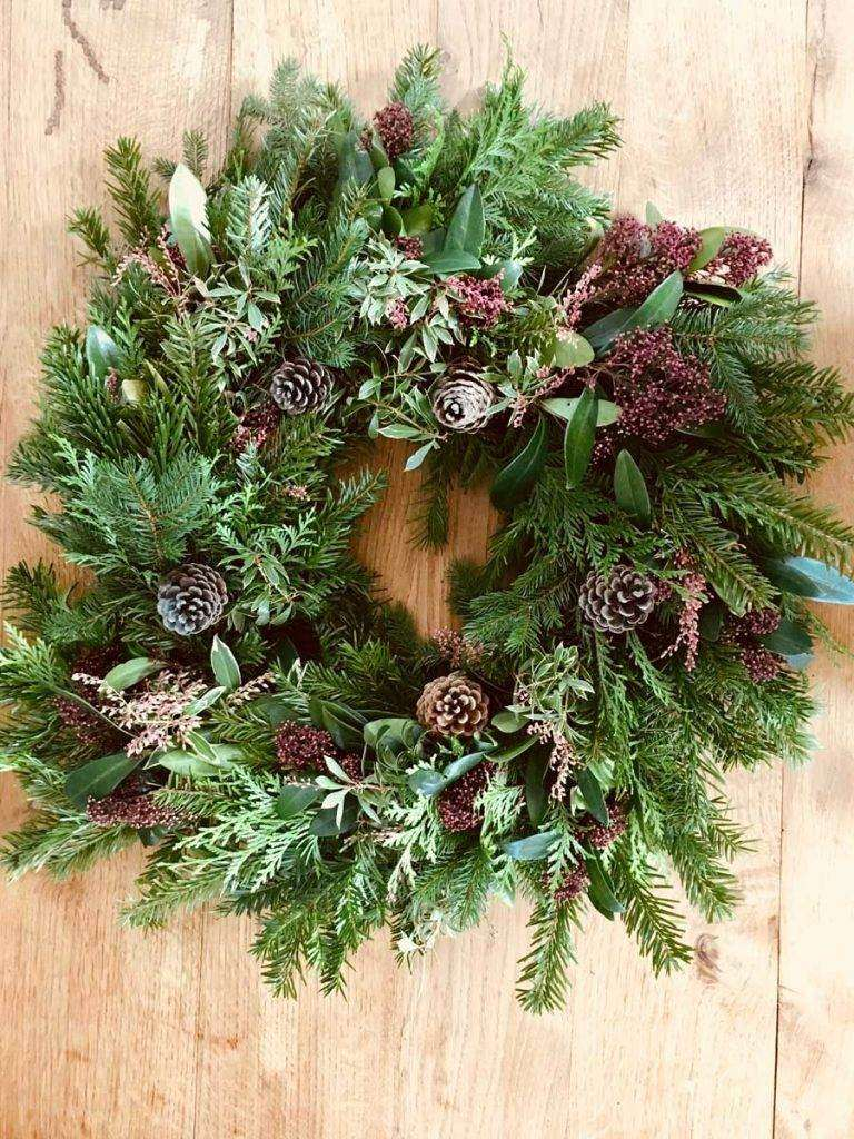 handmade-christmas-wreath-couronne-noel-ubm