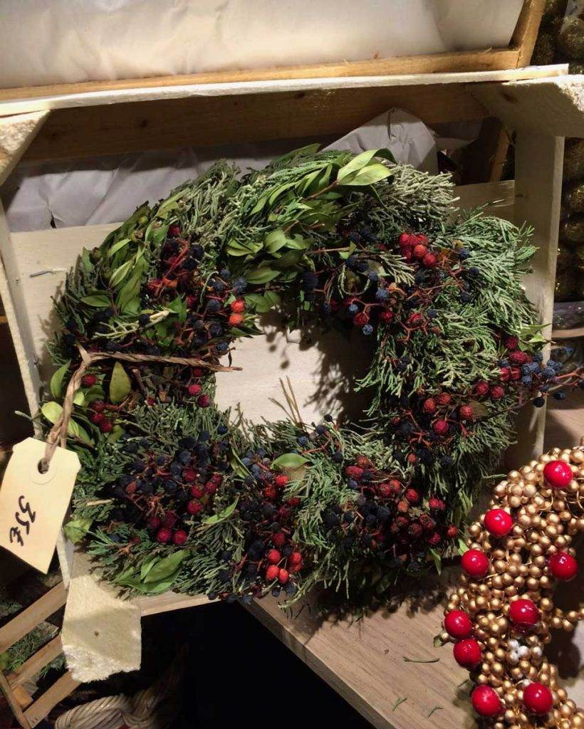 wild-christmas-wreath