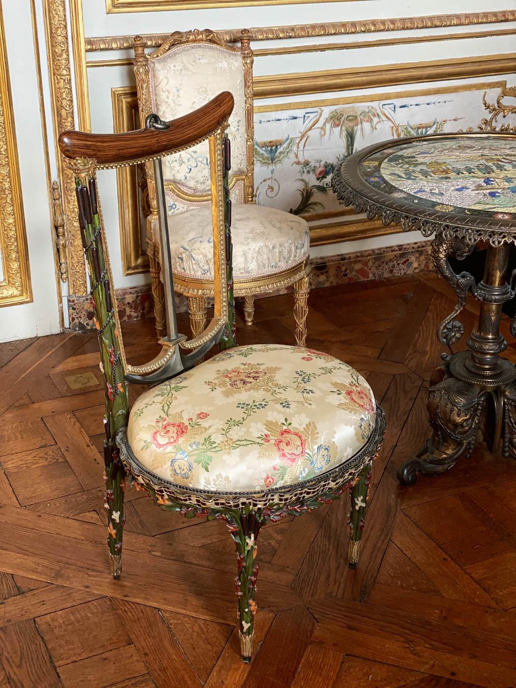 une-bonne-maison-chantilly-castle-french-chateau-chair