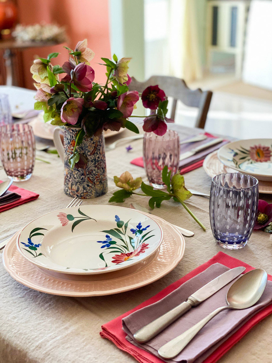 a-charming-spring-table-detail-zafferano-tumblers