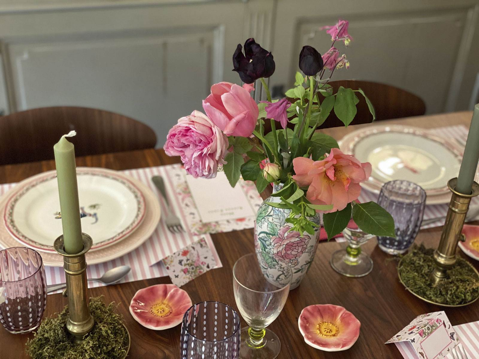 rose-bouquet-table-setting-french-style-blog