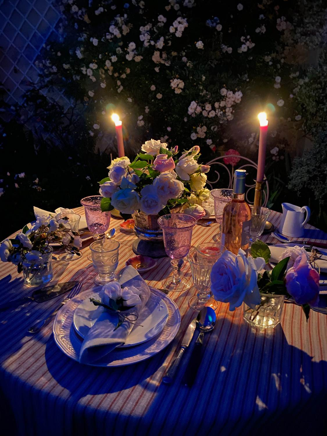 rose-garden-party-tablescape-31