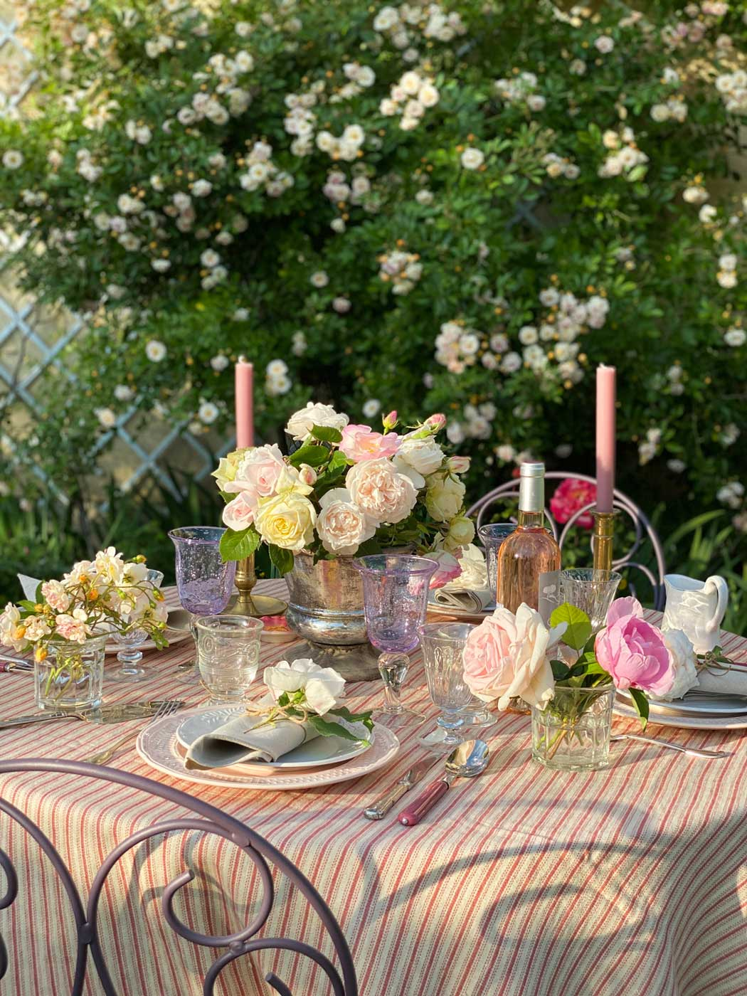rose-garden-party-tablescape-vt